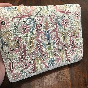 Handbags - 💯 Vintage Beaded White Intricate Satin Clutch